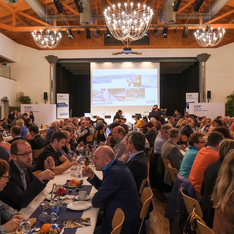 FDP blickt am Parteitag in die Zukunft der Mobilität